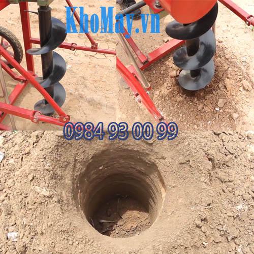 Hoạt động của máy khoan đất chạy xăng