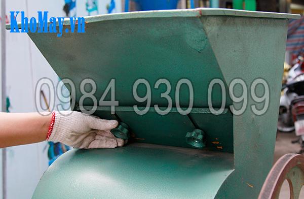 Tấm điều chỉnh nguyên liệu của Máy tách vỏ đậu phộng 3A3Kw