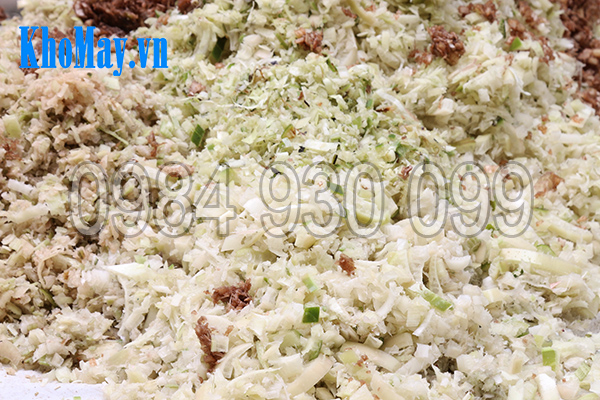 Máy thái chuối đa năng 3A1,5Kw giúp chế biến thức ăn cho gà, vịt, lợn
