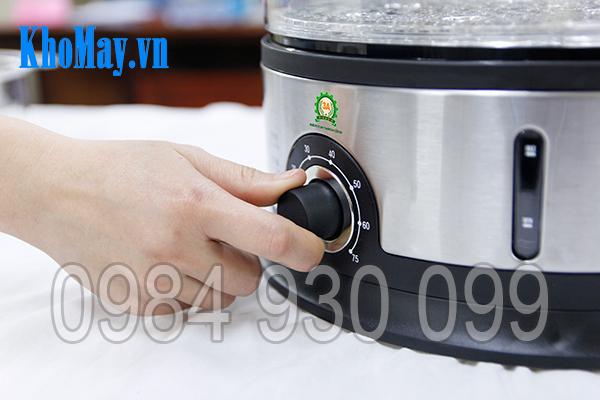 Vặn nút điều chỉnh thời gian hấp của nồi hấp điện 3 tầng 3A