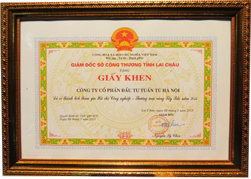Nhà sáng chế Nguyễn Hải Châu được tặng giấy khen của Giám đốc sở công thương tỉnh Lai Châu,
