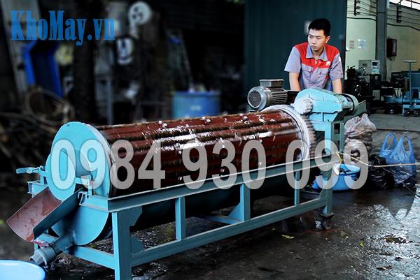 Kỹ thuật viên vận hành Máy rửa nông sản 3A XD500