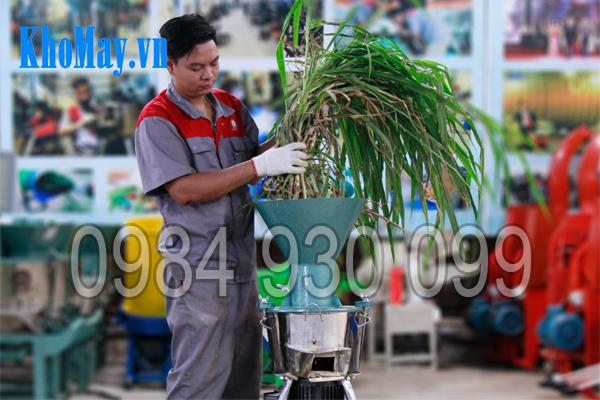 Tính năng băm nhỏ của máy chế biến thức ăn chăn nuôi 3A 3 pha (phễu tròn)